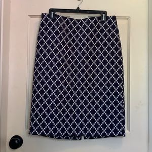 Ann Taylor Navy and white skirt, size 10